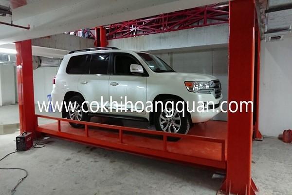 Bàn nâng xe ô tô có trọng lượng 400kg, loại sử dụng nguồn điện công suất lớn 380V hoặc 220V