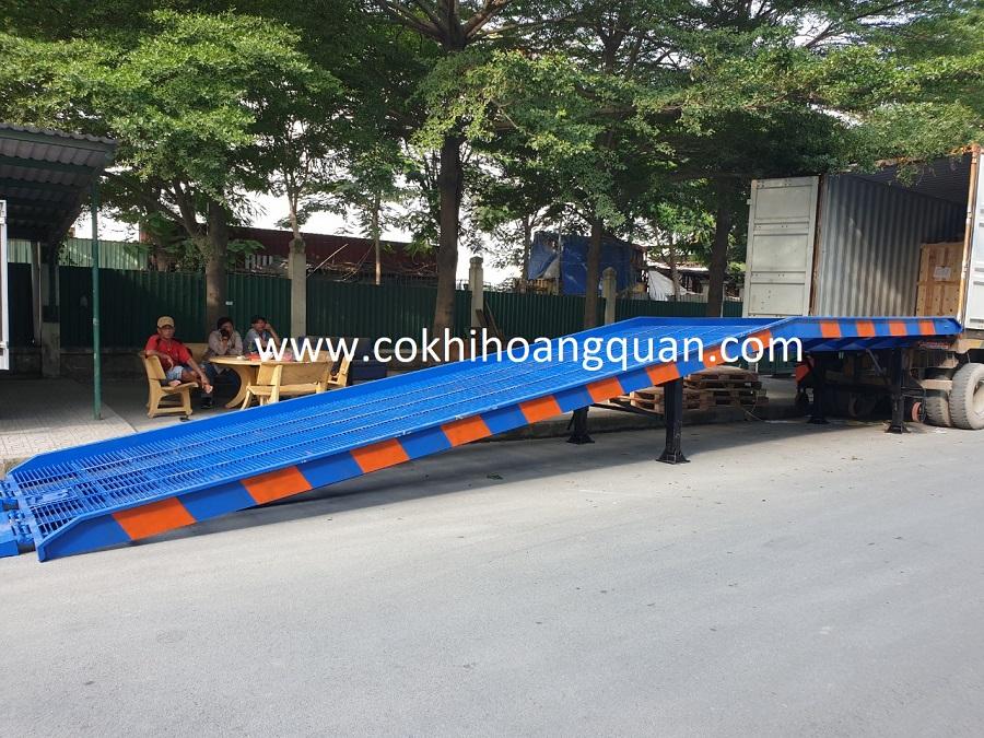 Cầu Dẫn Xe Nâng Lên Container Lưới Grating
